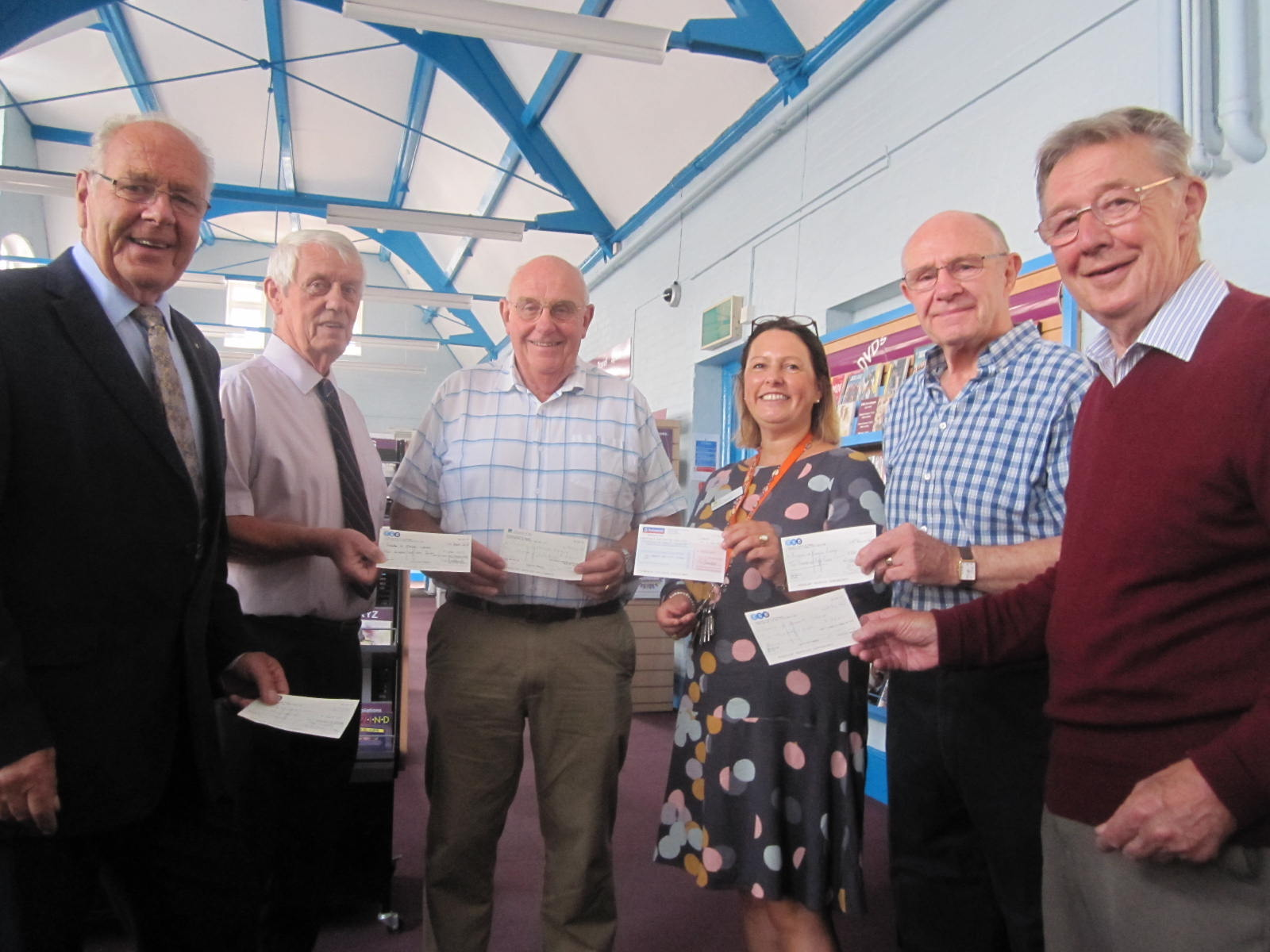 Exmouth Freemasons, donation to Friends of Exmouth Library