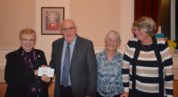 Cheque Presentation to Exmouth in Bloom
